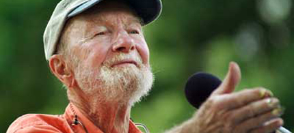 Rest in Peace, Pete Seeger. (photo: AP)