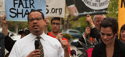 Rep. Keith Ellison (D-Minn) addresses a rally protesting inequality. (photo: National People's Action/Flickr)
