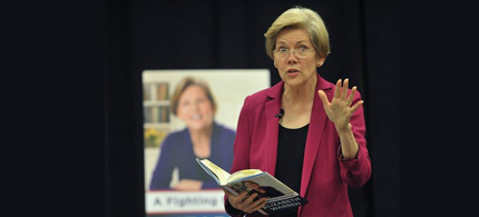 Massachusetts senator Elizabeth Warren held a reading from her book 'A Fighting Chance' at Springfield Technical Community College on Friday evening. (photo: Dave Roback/The Republican)