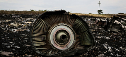 Malaysia expresses concerns that the crash site of Malaysia Airlines flight MH17 was not properly secured. (photo: Reuters)