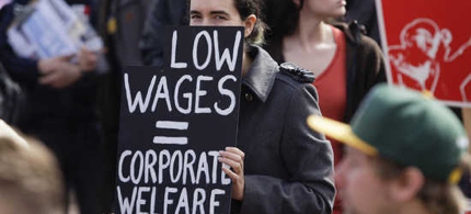Voters in 4 red states approved minimum wage hikes. (photo: Reuters)