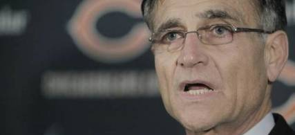 Chicago Bears general manager Jerry Angelo. (photo: M. Spencer Green/AP)