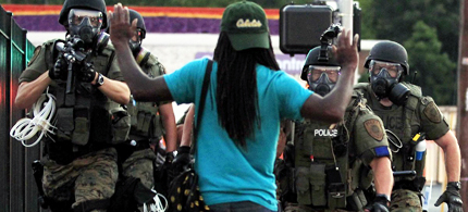 Amnesty International report is critical of Ferguson police. (photo: Scott Olson/Getty Images)