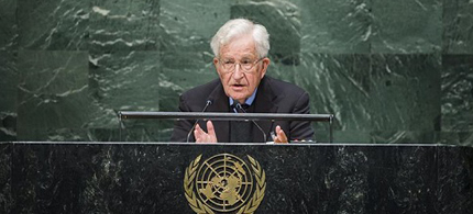 Noam Chomsky speaking at the UN. (photo: Democracy NOW!)