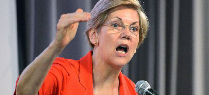 Elizabeth Warren has become increasingly critical of Obama and his economic team. (photo: Timothy D. Easley/AP)