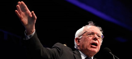 U.S. senator Bernie Sanders addresses a crowd. (photo: AP)