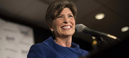 Joni Ernst appears at an election night rally in West Des Moines, Iowa, Nov. 4, 2014. (photo: Daniel Acker/Bloomberg)