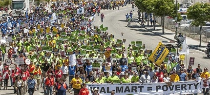 Walmart workers and supporters protest the company in Los Angeles. (photo: Marc Goumbri)