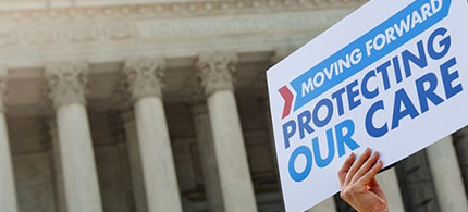 Could Obamacare tax credits be in jeopardy? (photo: Saul Loeb/AFP/Getty Images)