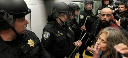 San Francisco and Oakland's Bay Area Rapid Transit system (BART) blocked cell phone signals in an effort to control mobs and protesters in 2011. (photo: Jeff Chiu/AP)