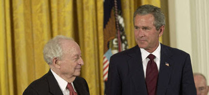 George W. Bush awarding Irving Kristol the Presidential Medal of Freedom. (photo: Getty)