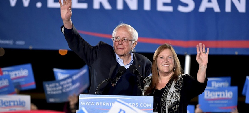 Bernie and Jane Sanders. (photo: David Becker/Reuters)
