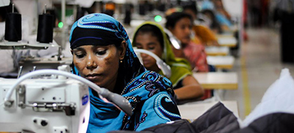 Workers in one of Bangladesh's ready-made garment factories. (photo: Tanjim Ul Islam/Flickr)
