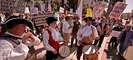 A Tea Party protest. (photo: sic mag)