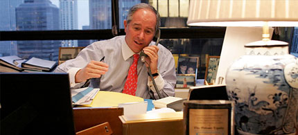 File photo, Stephen Schwarzman in his office, 11/28/04. (photo: Fred R. Conrad/The New York Times)