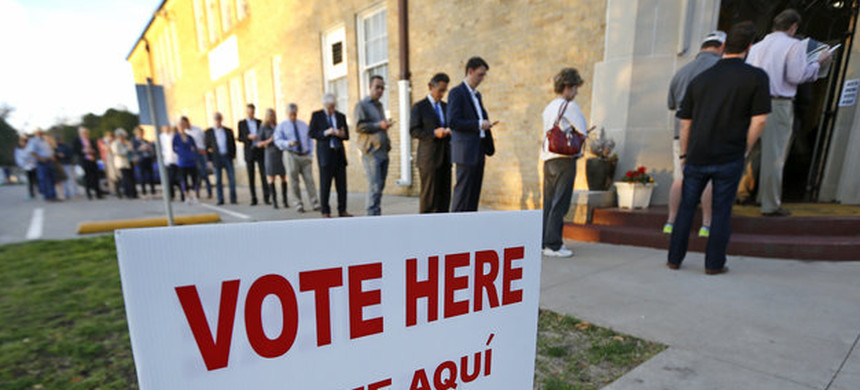 Voters line up to cast their ballots on Super Tuesday, March 1, 2016, in Fort Worth, Texas. (photo: Ron Jenkins/Getty)