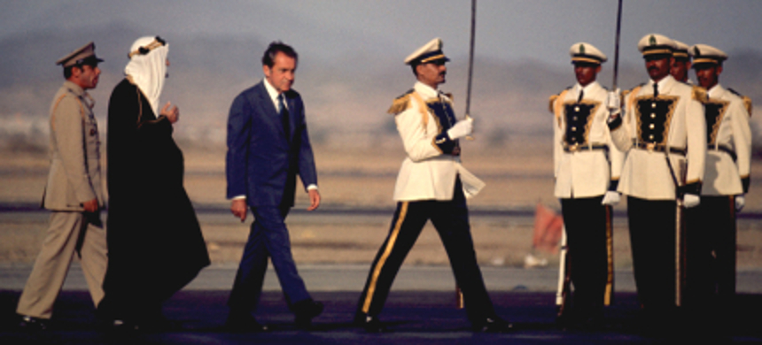 President Nixon walks with Saudi king Faisal in Saudi Arabia, June 1974. (photo: Dick Halstead/AP)