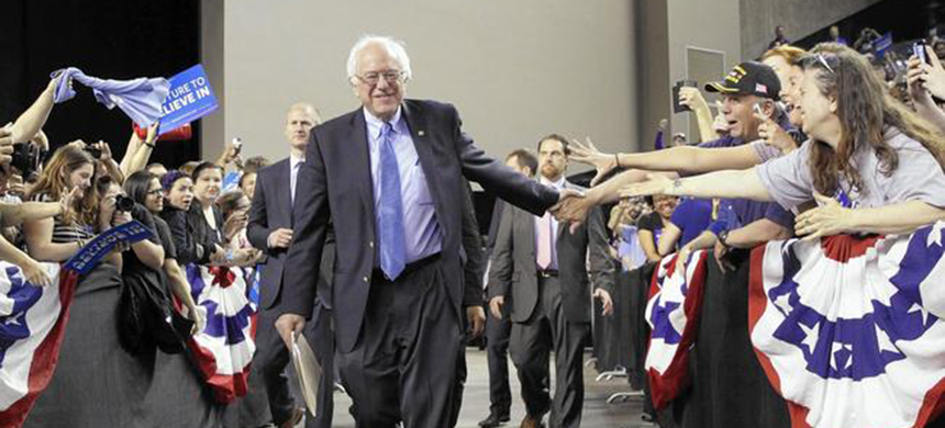 Senator Bernie Sanders greeting supporters at a rally in Baltimore. (photo: Patrick Semansky/AP)