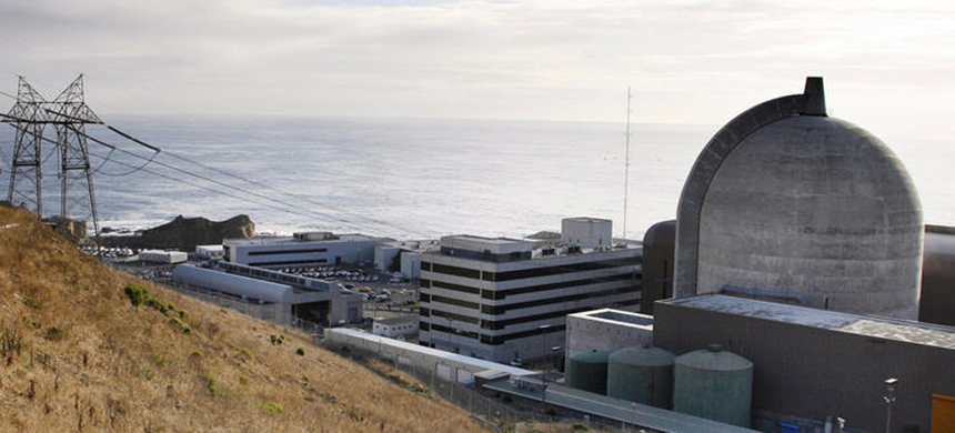 Pacific Gas & Electric's Diablo Canyon plant in Avila Beach has California's last operating nuclear reactors. (photo: Michael Mariant/AP)