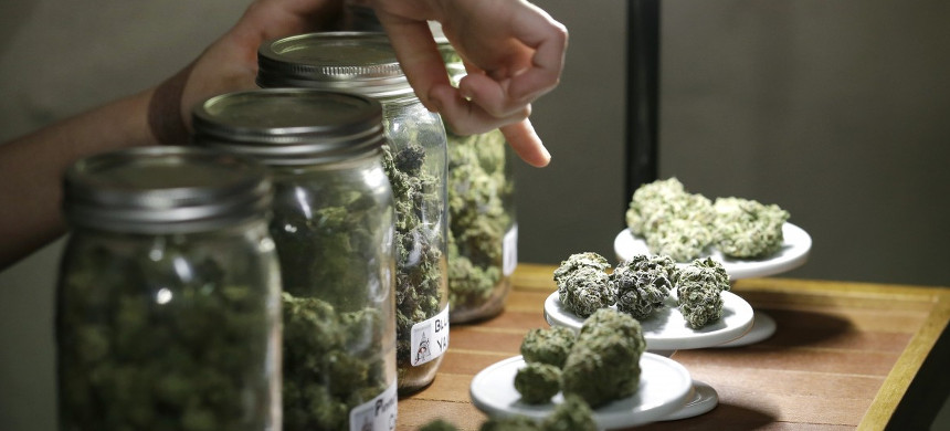 Marijuana dispensary. (photo: Elaine Thompson/AP)