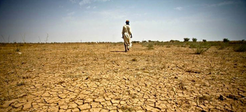 Drought-stricken land. (photo: Oxfam International/Flickr)