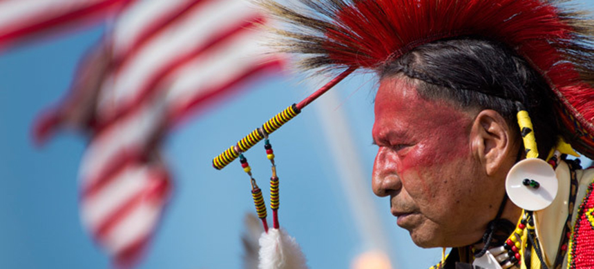 Indigenous Peoples' Day is spreading. (photo: Jim Watson/AFP)