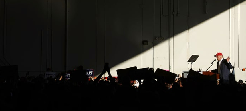 Donald Trump speaks to supporters at a rally. (photo: Chip Somodevilla/Getty Images)