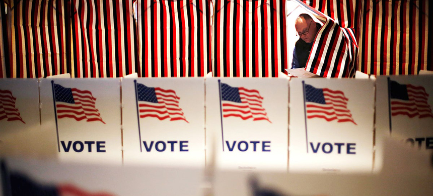 Voting in Ohio. (photo: David Goldman/AP)
