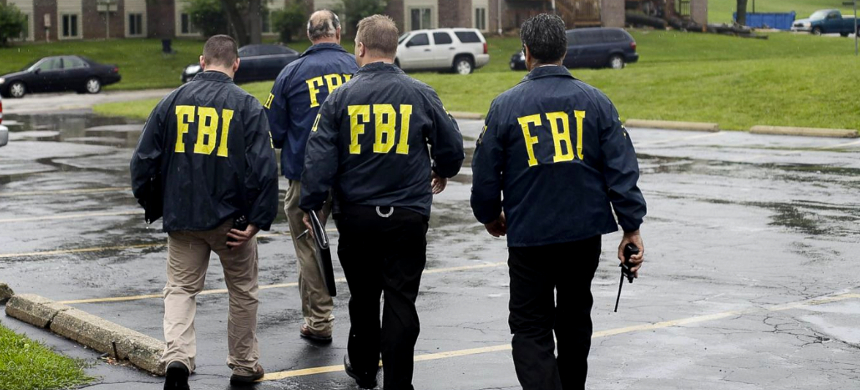 FBI agents. (photo: Joshua Lott/Getty Images)