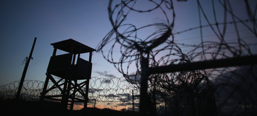 Guard tower at the US detention facility at Guantanamo Bay, Cuba. (photo: Joe Raedle/Getty)