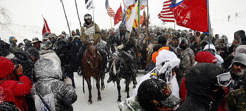 Protests at Standing Rock. (photo: Lucas Jackson/Reuters)