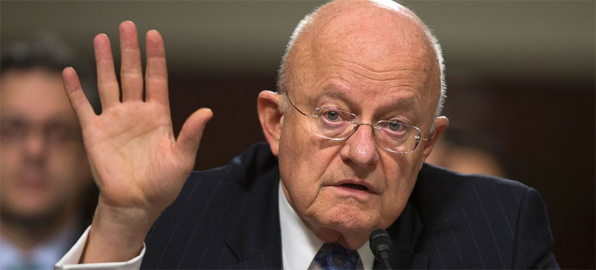 Director of National Intelligence James Clapper has been asked to brief Electoral College electors on Russian involvement in the November 2016 presidential elections. (photo: Evan Vucci/AP)