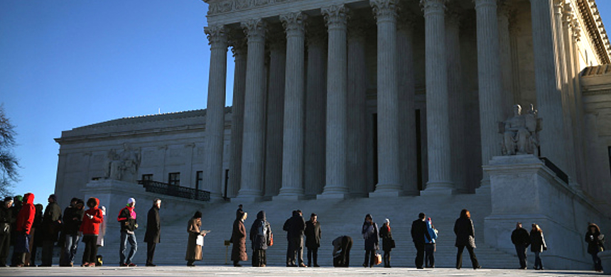 Activists in front of the U.S. Supreme Court. (photo: Getty Images)