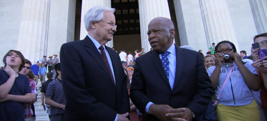 Bill Moyers and Rep. John Lewis at the Lincoln Memorial in 2013. (photo: Peter Nelson)