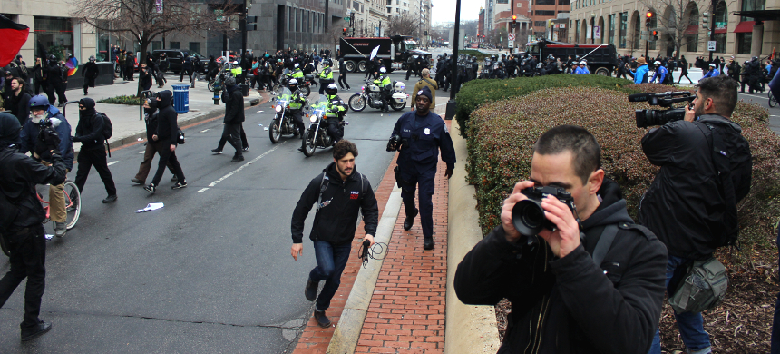 Journalists covering the protests against Donald Trump's inauguration. (photo: Andrew Stefan/RSN)