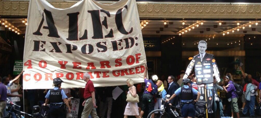 Protesters rallying against the American Legislative Exchange Council (ALEC). (photo: CTU)