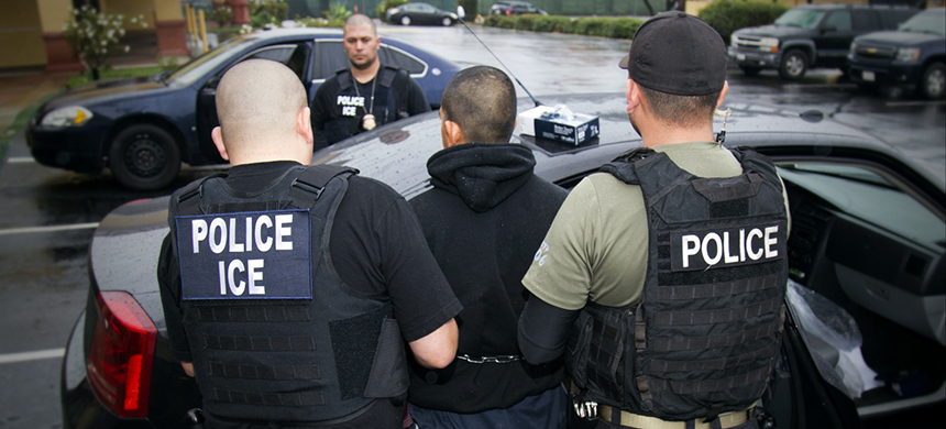 ICE agents. (photo: Charles Reed/U.S. Immigration and Customs Enforcement/AP)