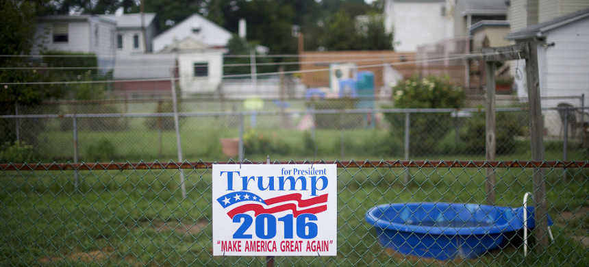 A Yard Sign for Donald Trump 2016. (photo: Getty)