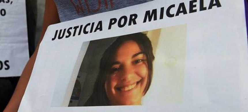 Argentines have taken to the streets to demand justice for Micaela Garcia. (photo: EFE)