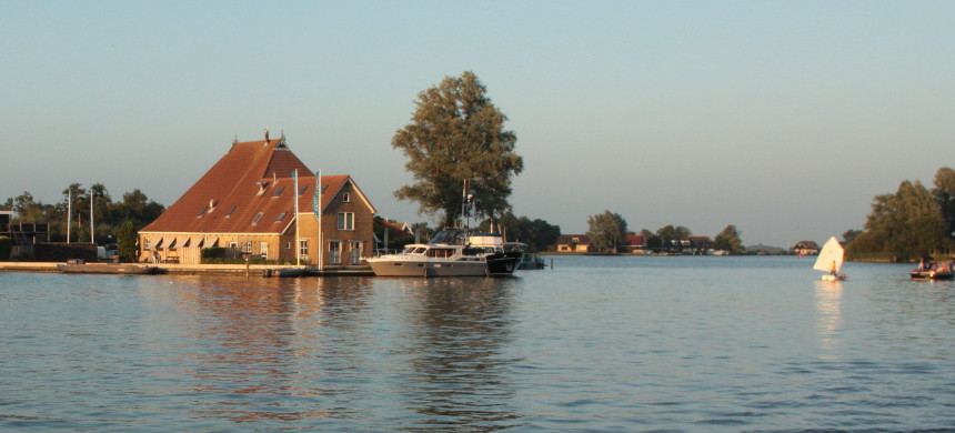 From historic Grou in the Netherlands, you can view the Restaurant De Vrijheid. (photo: Selina Kok)