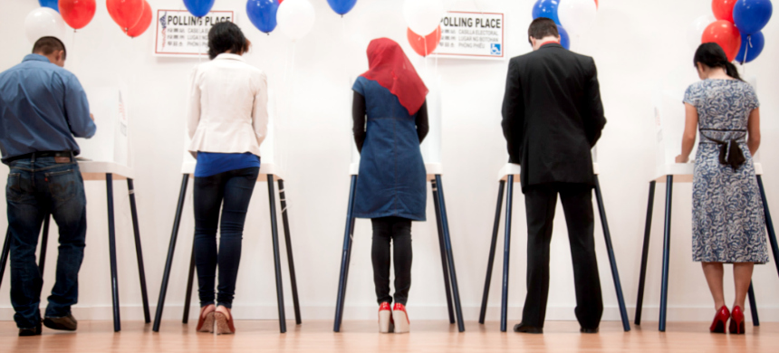 Voters at a polling precinct. (photo: Getty Images)