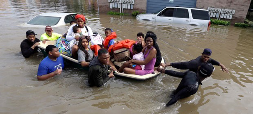 Houston has more casualties and property loss from floods than any other locality in the US. (photo: David J. Phillip/AP)