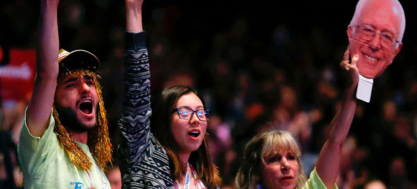 Supporters of US Senator candidate Bernie Sanders cheer at a recent speech. (photo: Jim Young/AFP/Getty Images)