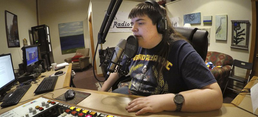 Chaz Wing works part time at a radio station. (photo: Robert F. Bukaty/AP)