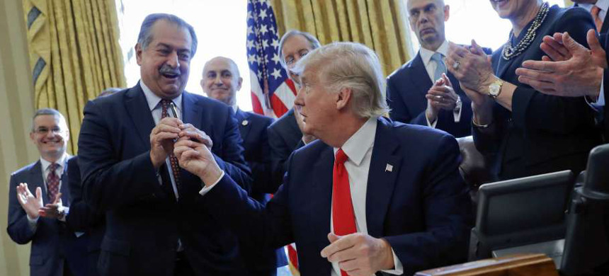 Dow CEO Andrew Liveris and President Donald Trump at the White House. (photo: Reuters)