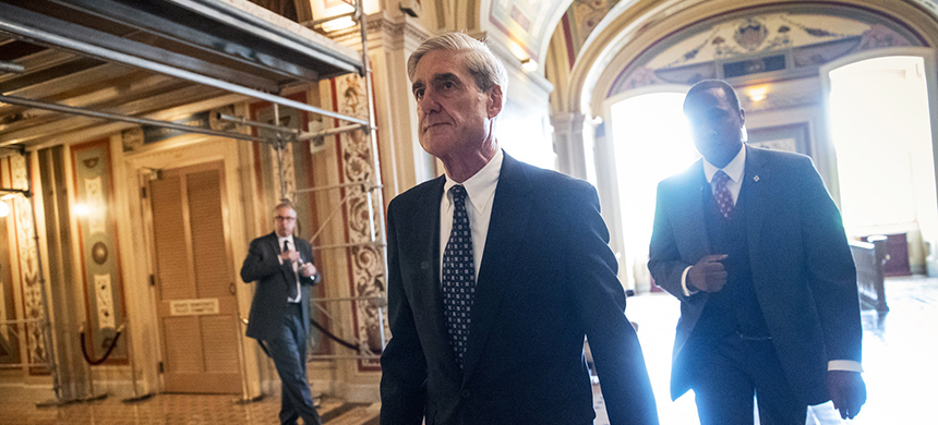 Special counsel Robert Mueller departs after a June 21 closed-door meeting with members of the Senate Judiciary Committee about Russian meddling in the 2016 election and possible connections to the Trump campaign. (photo: J. Scott Applewhite/AP)