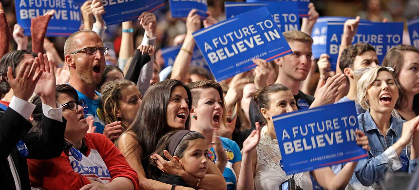 Bernie Sanders supporters rally in Miami on March 8, 2016, the day of the Michigan primary. (photo: Alan Diaz/AP)