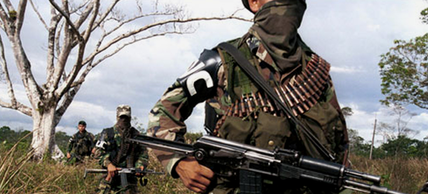 A paramilitary group in Colombia. (photo: InSight Crime)