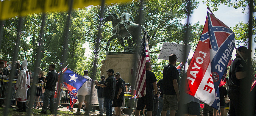 A rally around a statue of a Confederate soldier. (photo: Chet Strange/Getty Images)