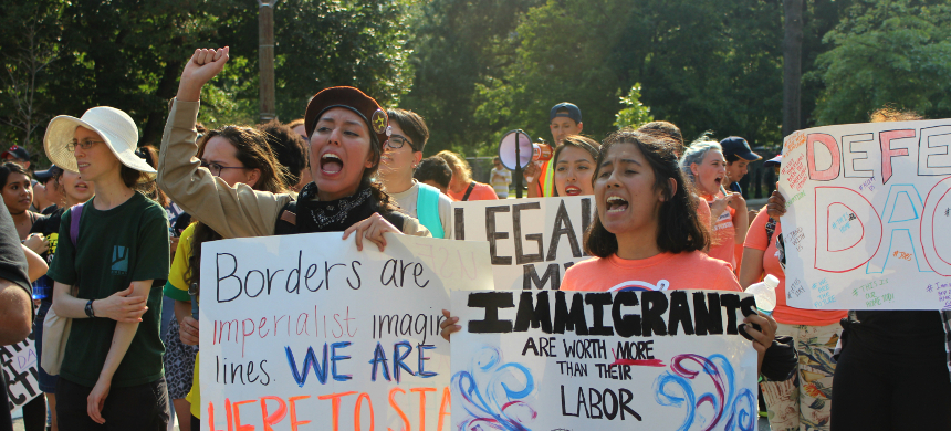 Activists rally to defend DACA in Washington, D.C. (photo: Andrew Stefan/RSN)